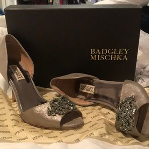 Badgley Mischka Salsa Peep-Toe Pump- Pewter